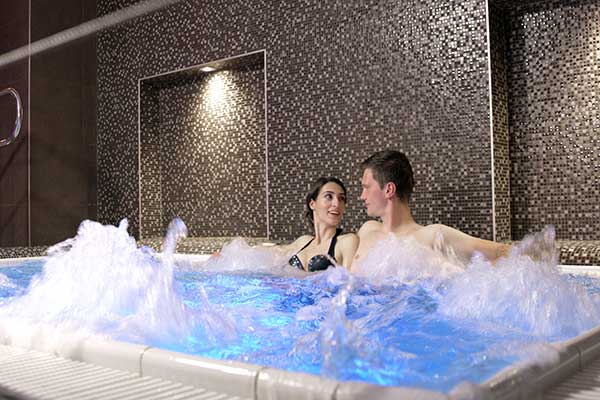 Whirlpool im Atlantida Boutique Hotel (Foto © Atlantida Boutique Hotel)