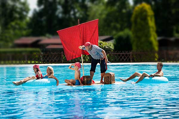 Piraten im Outdoor-Pool in der Therme Banovci, Foto © SAVA Hotels & Resorts