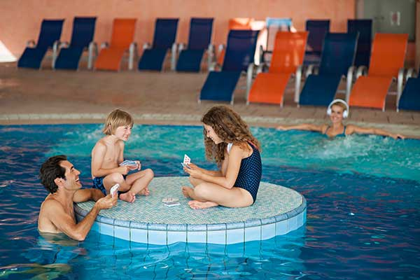 Indoor-Pool Vespasianus im Grand Hotel Ptuj, Foto © SAVA Hotels & Resorts
