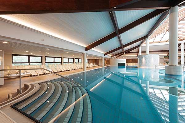 Der renovierte Indoor-Pool